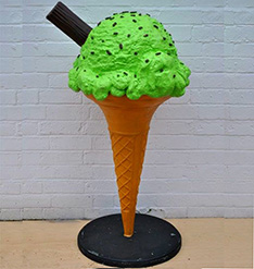 Shop decoration life size ice cream cone statue