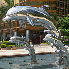stainless steel mirror finishing group dolphin water fountain